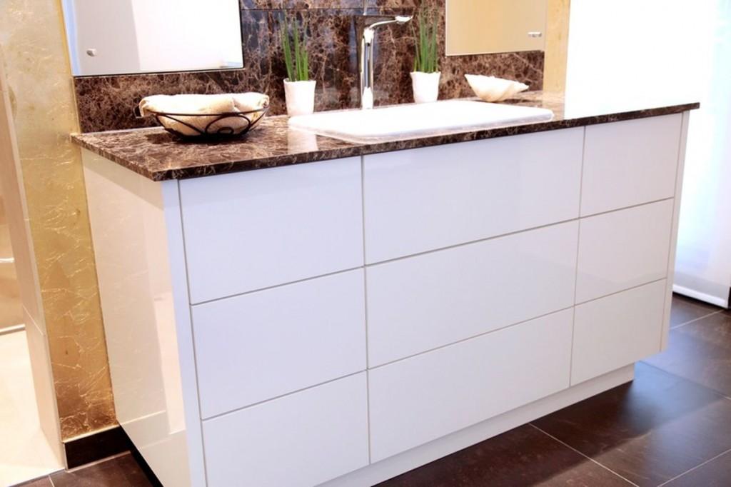 Waschtischunterschrank holz weiß  Waschtisch Unterbauschrank: Creativbad individuelle badmöbel für ...