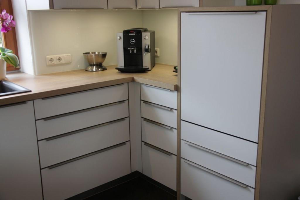 k che wei eichen arbeitsplatte edelstahl griffe schreinerei h hensteiger. Black Bedroom Furniture Sets. Home Design Ideas